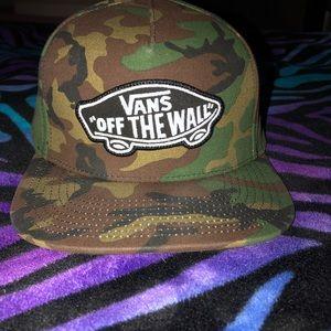 NWOT Vans camo hat ❤️❤️